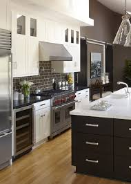 kitchen wall paint with brown cabinets what color should i paint my kitchen with white cabinets 7