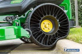 pneu sans chambre a air michelin lance la production de pneus sans air