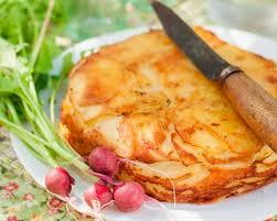 tarte tatin cuisine az recette tarte tatin au brie pommes de terre et lardons