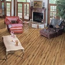 allen roth 4 96 in w x 4 23 ft l lodge oak handscraped laminate