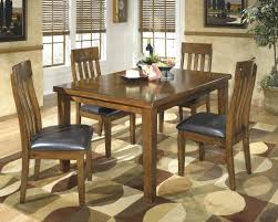 Round Rugs For Dining Room by Dining Table Room Decorating Carpet For Under Dining Table