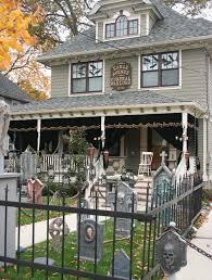 15 spooktacular outdoor halloween decorations jpg halloween yard decorations best outdoor halloween displays