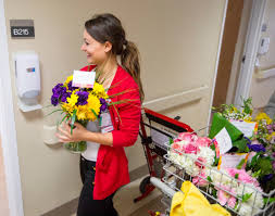 Stanford Health Care Shc Stanford Random Acts Of Flowers Delivers Encouragement To Stanford Hospital