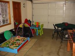 Temporary Room In Garage GaragePlayroom Click On Either Photo - Garage family room