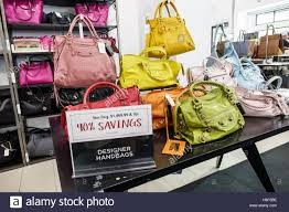 saks fifth avenue thanksgiving sale saks off 5th stock photos u0026 saks off 5th stock images alamy