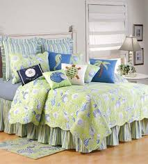 Coastal Themed Bedding Amazon Com C U0026 F Enterprises Green Shells Quilt Set Home U0026 Kitchen