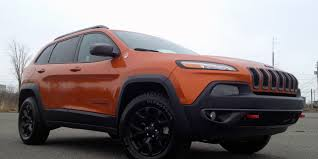 jeep crossover 2015 suv review 2015 jeep cherokee trailhawk v6 driving