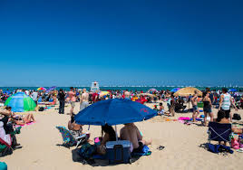 Sun Tan City Green Hills Top Chicago Bucket Lists Must See Things To Do In Chicago