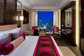 taj dubaï pourquoi choisir cet hôtel 5 du quartier du burj khalifa