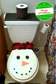 5 easy ways to decorate your bathroom for christmas mommy snippets