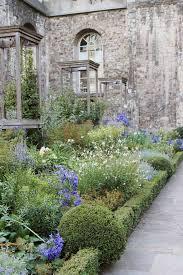 secret gardens in london u0026 st dunstan u0027s in the east the smell of
