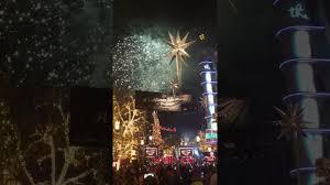 lenox tree lighting 2017 la christmas tree lighting at the grove 2017 youtube