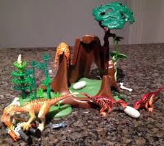 deinonychus and velociraptors playmobil dinosaur