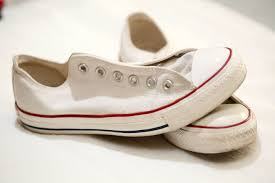 How To Get Scuff Marks Off Walls by How To Clean Converse Shoes Using A Magic Eraser 12 Steps