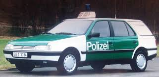 peugeot 405 wagon file peugeot 405 break saarland police car jpg wikimedia commons