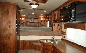 logan coach living quarters