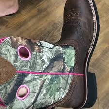 womens boots tractor supply the boots i want from tractor supply camo via calliejm93