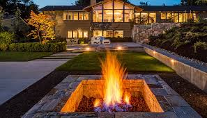 natural gas fire pit ideas for comfortable backyard sitting area