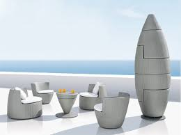 canapé de jardin design jardin design salon de jardin obelisk créé par frank lightart pour
