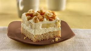 banana cream squares recipe bettycrocker com