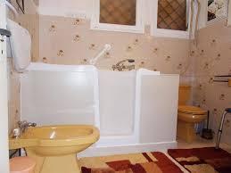 si e baignoire personnes ag s pose de baignoires pour personnes âgées et handicapées vers bordeaux