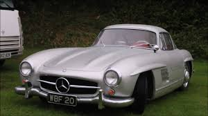mercedes giveaway geniune mercedes 300sl gullwing at castle combe autumn