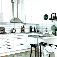 poign meuble cuisine inox poignee pour meuble cuisine poignee pour meuble de cuisine pour