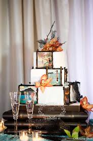 vintage hawaiian wedding cake from sweetcheeks bakery crown