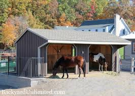 animal structures horse run in sheds backyard unlimited