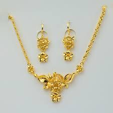 gold earrings for women 26 fantastic gold earrings for women playzoa
