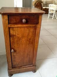 le de chevet ancienne petit meuble cadre et des oiseaux chiffons boutons