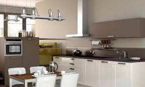 cuisine taupe et gris cuisine bois taupe stunning cuisine bois rustique with cuisine