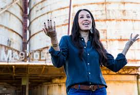 Joanna Gaines Without Makeup by Hgtv U0027fixer Upper U0027 Joanna Gaines Gets A Spinoff Network Picks Up