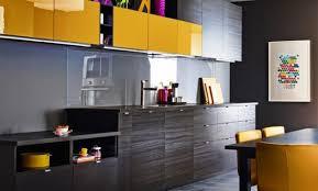 cuisine jaune et grise décoration cuisine jaune et gris 27 fort de cuisine