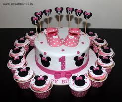 designer cakes disney minnie mouse theme small customized designer cake with