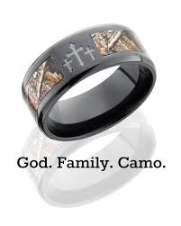 country wedding rings best 25 camo rings ideas on camo wedding rings mens camo