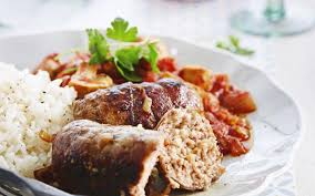 cuisiner les paupiettes de porc paupiettes de porc sauce tomate aux chignons cuisine et