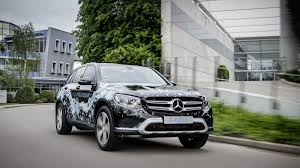 future mercedes benz cars 300 mile electric and fuel cell cars in mercedes u0027 future evo