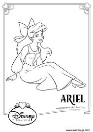 Coloriage Arielle Princesse Disney dessin