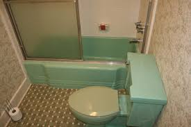 green bathroom tile ideas retro green bath any ideas on fixing it up