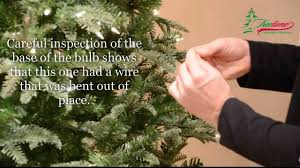 How To String Lights On Outdoor Tree Branches by How To Fix Christmas Lights U0026 Lighting On Prelit Christmas Trees