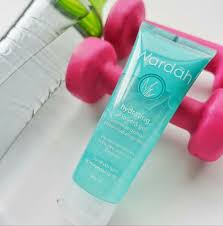 Wardah Gel 13 manfaat wardah hydrating aloe vera gel untuk wajah dan kulit