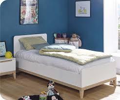 lit chambre enfant chambre enfant riga blanche et bois set de 4 meubles