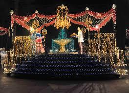 christmas light parade floats disneyland s main street electrical parade returns thursday with