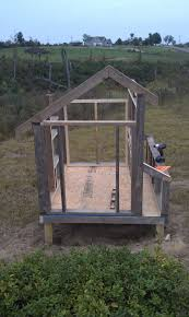 Saltbox Style Salt Box Style Or Amish Style Coop Backyard Chickens