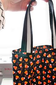 halloween trick or treat bags diy step by step tutorial everyday