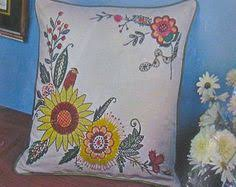 vintage 1970s bucilla crewel embroidery pillow kit poppy flower