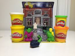 Typical Halloween Monsters by Play Doh Halloween Pack N Go Monster Rific Haunted House A