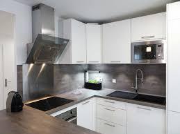 cuisine carré sandrine carré décoratrice cuisine blanc gris béton plan de