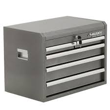 husky 27 in 8 drawer tool chest and cabinet set husky 26 in w 5 drawer chest metallic silver metallic silver body
